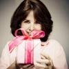 Що подарувати жінці 45 років?