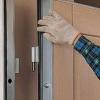 Як зняти двері?