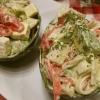 Салат з авокадо і крабовими паличками - оригінально і смачно
