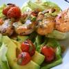 Салат з креветками і помідорами по-середземноморському