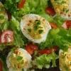 Салат з перепелиними яйцями і тунцем