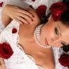 Бачити себе в сні у весільній сукні - до чого це?
